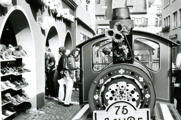 Lokomotive zum 75-jährigen Jubiläum