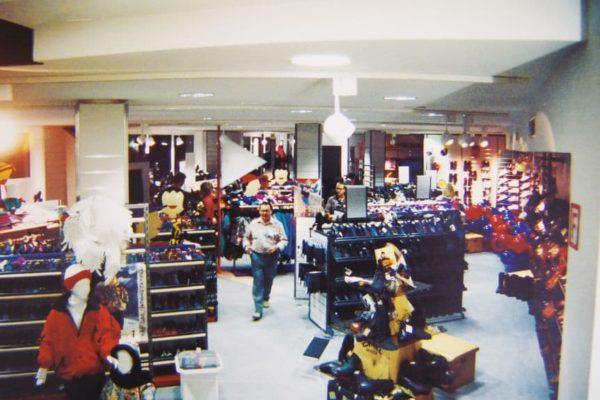 Sportabteilung bei der Neueröffnung 1993