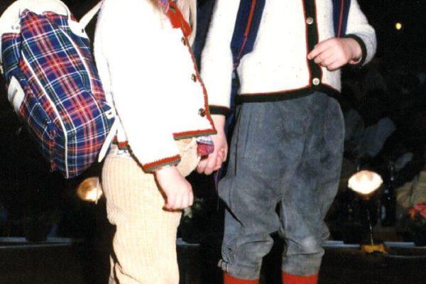 Modenschau mir den Kindern von Herrn Pflugfelder 1985