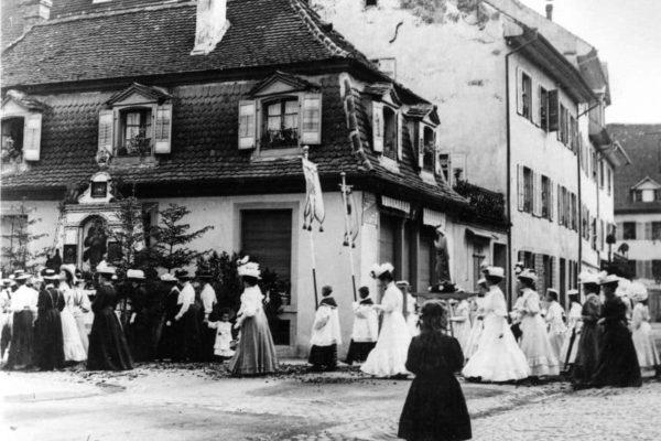 Haus Melber bei der St.-Anna-Prozession