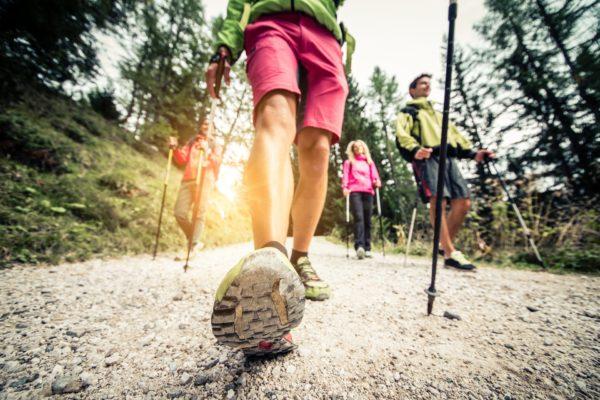 nordic-walking-schuhe-stoecke-staufen-miellheim-breisach
